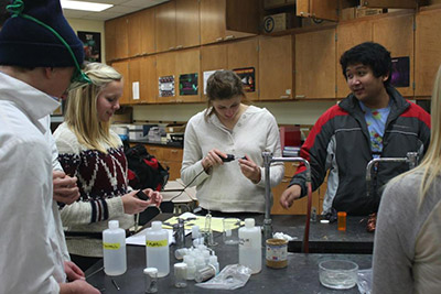High school students in the lab.